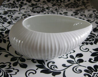 Orig 50s shell - typical - Rosenthal