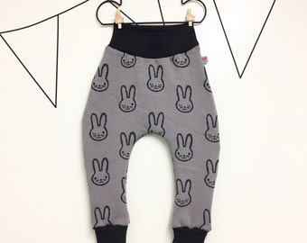 Baby rabbit harem pants (grey)