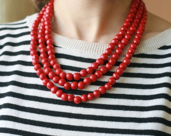 Short Ethnic beaded statement necklace Red Bead necklace  Beaded Necklaces  wooden necklace  simple jewelry gift idea layering necklaces
