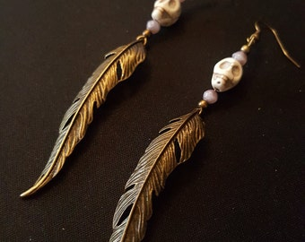 Earrings Feathers & Skull - large feather charm - skull howlite - glass beads purple - retro Gothic