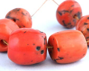 6 Antique mediterranean red coral beads. ø 11 to 14 mm. Morocco