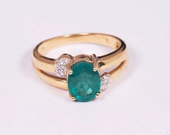 18K Yellow Gold app. 2 ct. Oval Emerald and Diamond Chip Ring, size 6.75