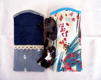 Padded glasses pouch/ Denim glasses case/ Blue glasses case/ Glasses cases/ sunglasses case/ Handmade glasses case/ Softglasses case/ Denim