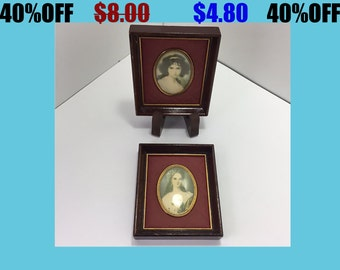 Pair of Quilted Oval Portraits Wall Decor