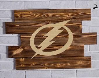 Tampa Bay Lightning Wood Sign Tampa Bay Lightning Wall art Tampa Bay Lightning Gift Tampa Bay Lightning Birthday Tampa Bay Lightning Party
