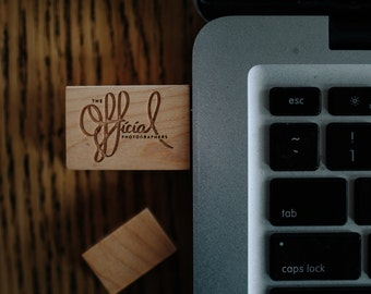 Bulk 10x Custom Logo Engraved Maple Wood 8GB/16GB USB 3.0 Flash Drive - Wedding photographers Design - Wooden USB Flash Drives