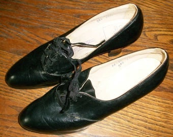 1930's Black Tie Shoes with Box