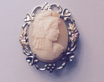 Shell cameo brooch vintage antique #330