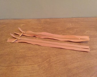 2 x Small Pink Zips 15cm