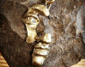 Bronze pendant// face pendant// man accessories// woman accessories// hand made