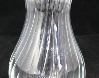 Blown Glass Vase with Swirl Ridges - Clear and Transparent - 16 cm high vase