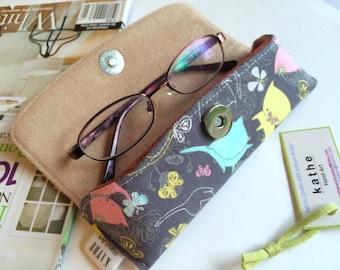 Kitty cat eyeglass hard case