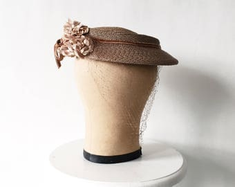 Vintage 40s Brown Hat with Flowers and Veil