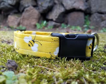 Bright Bumblebee Pattern Dog Collar