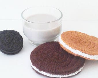Crochet Snack Coaster Set, 2 sandwitch cookie crochet coasters, drink coasters