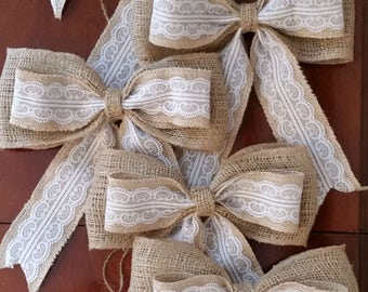 Set of 6 BURLAP BOWS. Rustic wedding. Pew bows. Wedding bows. Aisle decoration. Lace Burlap.