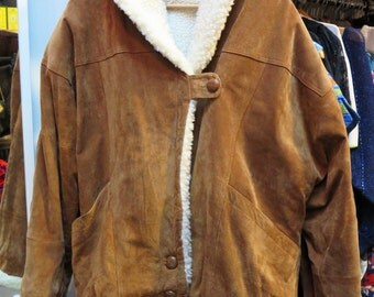 Vintage MENS TAN Oversized Shearling Sheepskin Type Aviator BOmber Jacket, L