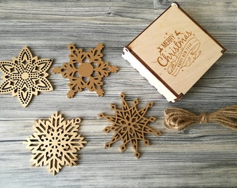 Wood Snowflake Ornaments, Christmas Decor, Holiday Gift, Christmas Gift, Christmas Ornament, Christmas tree decorations in Box - Set of 4