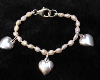 Sterling silver hearts and freshwater pearl child's bracelet new hand knotted
