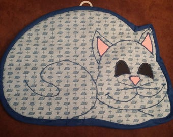 Cat Hot Pad // Pot Holder Made with Mouse Patterned Fabric