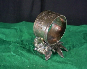 Antique Figural Napkin Ring Roger Smith 162 Leaves and Flower Engraved Cora