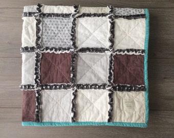 Modern Rag Quilt - Toddler quilt. Toddler blanket. Baby blanket. Heirloom blanket. Baby Quilt.