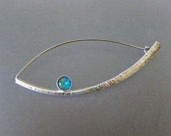 Scarf Pin with triplet Opal