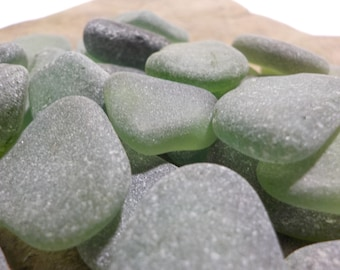 """10 pcs Green shades Genuine Sea glass Bulk-Teal, Emerald, forest green- Size 0.6-1""""-Jewelry quality-For Jewelry Art-Home Decor#52B#"""