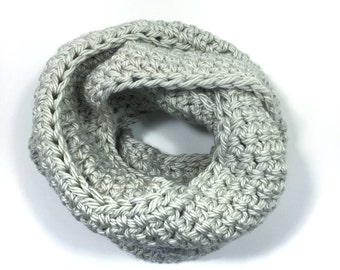 classic oversized large chunky infinity winter wool crochet knit scarf men women // The Metcalfe Cowl