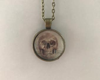Skull necklace in antique bronze color