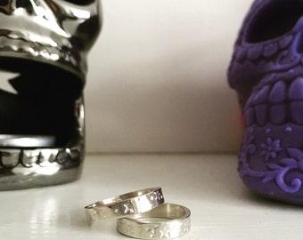 Sterling silver ring//star print ring