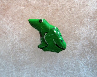 Frog Jewelry Pin - handcarved and handpainted