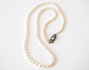Vintage Mikimoto 1950s Graduated Pearl Necklace, VJ #685