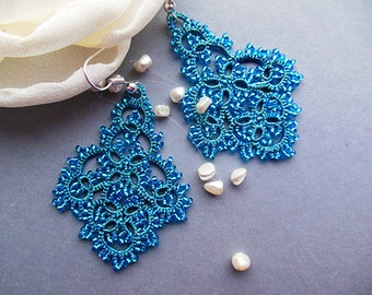 Turquoise  tatting  lace earrings, tatted lace jewelry, tatted beaded earrings, turquoise lace earrings, victorian jewelry, stylish jewelry.