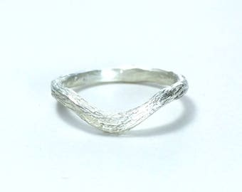 Twig wedding band Nature wedding band Branch wedding jewelry