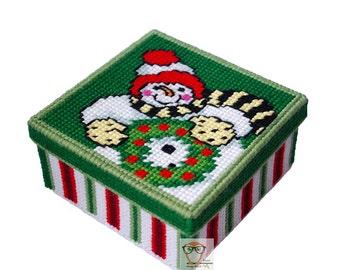CHRISTMAS plastic canvas pattern free, cross stitch pattern snowman modern needlepoint, tissue box free plastic canvas easy cross stitch pdf