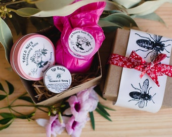 Spa Pack, Gift Pack, Gift Set, Relaxation Gift Pack, Bridesmaid pack, Gift under 30| Any 1 balm + bath bomb + lip balm. Beautifully packaged