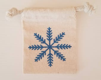 Gift Hard Holder- Snowflake