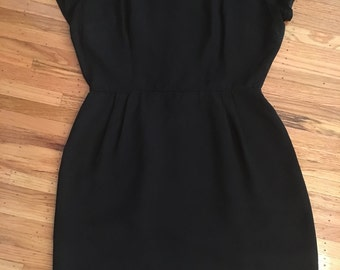 Vintage 1950's perfect little black wiggle dress!