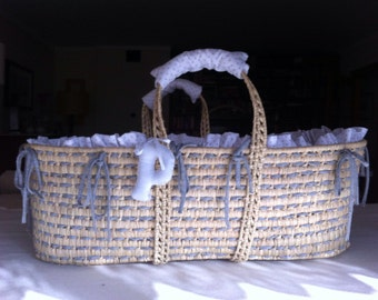 SALE 20% OFF - Moses basket / alcofa