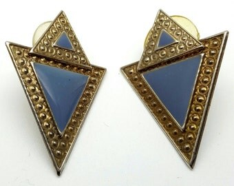 Two Triangle Blue Stud Earrings Vintage Metal Periwinkle from the 80s