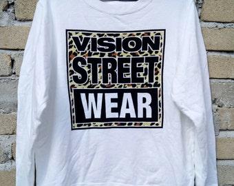 Rare!!  VISION STREET WEAR sweatshirt pullover jumper crew neck spellout nice design white colour medium size