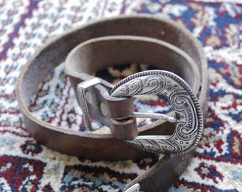 Country Fever Vintage c. 1970's Tooled Leather Western Belt Hippie Bohemian