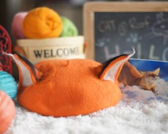 Fuzzy Fox's Beret - Needle Felting Kit