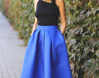 Midi Vintage skirt with pleated Pockets up to calf