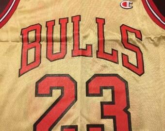 Champion Chicago bulls gold  jersey