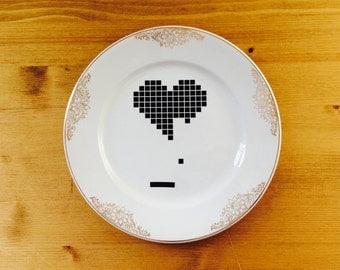 Breakout Love Vintage Dinner Plate