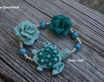 Green Turtle Stretch Bracelet (Free Shipping)