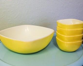 Pyrex Yellow Hostess Square Bowl Set ~  Large Square Bowl ~ 4 Small Yellow Square Bowls ~ Yellow Pyrex Square Serving Bowl Set ~ 5 Pieces