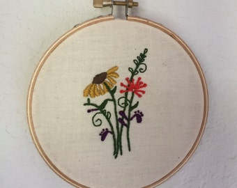 "4"" Wooden Embroidery Hoop Art -  Floral Print"
